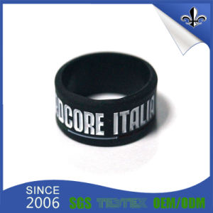 Custom Silk Screen Printing Logo Practical Wristband with Silicone pictures & photos