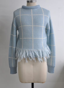 Women Warm Pullover Knitting Sweater with Fringe pictures & photos