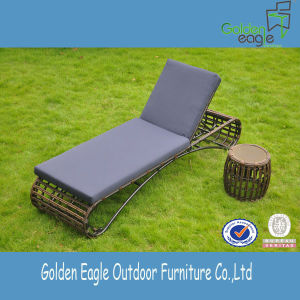 2014 New Design Rattan Outdoor Furniture Sun Lounger