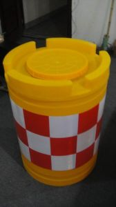 Plastic Water Barrier pictures & photos