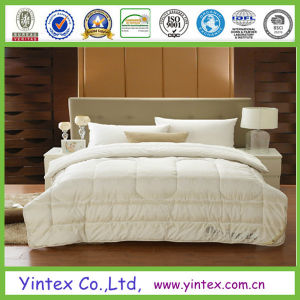 White Goose Down Comforter pictures & photos
