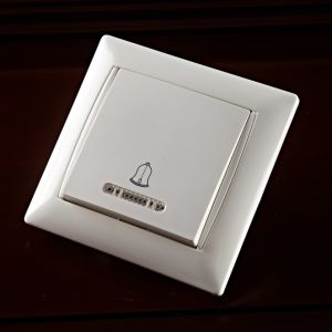 One Way Switch Illuminated G2121 pictures & photos