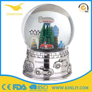 Electroplate Silver Custom Figurine Snow Globe for Celebration pictures & photos