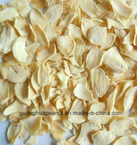 2016 New Crop Garlic Flake pictures & photos