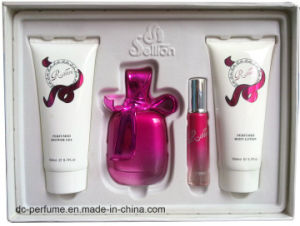 Crystal Bottle for Perfume with Polish pictures & photos