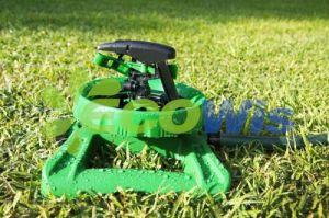 China Manufacturer Sturdy Lawn Garden Sprayer Sprinkler pictures & photos