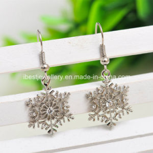 Imitation Jewelry -Fashion Drop Dangle Earrings Crystal Frozen Snowflake Drop Earrings pictures & photos