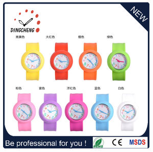 Fashion Promotion Customized Silicone Bracelet Slap Watch (DC-095) pictures & photos
