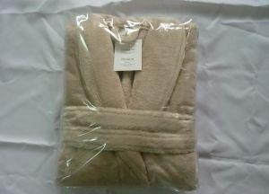 Microfiber Fleece Bathrobe for Men and Women pictures & photos
