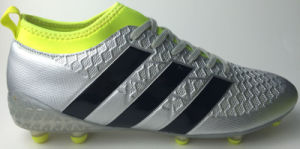 New Transparent Sole Football Shoe with Spandex Sole pictures & photos