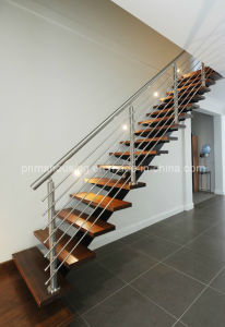 Luxury Wood Staircase with Staircase Railing pictures & photos