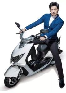 Aima Powerful Model Electric Moped Scooter pictures & photos
