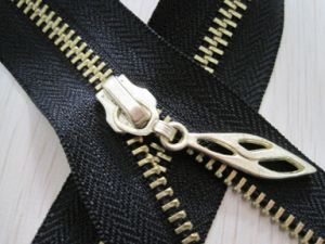 Metal Zipper PCS Open End Use for Bags and Clothes pictures & photos