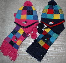 Knitted Winter Warm Acrylic Beanie Scarf Gloves and Hat pictures & photos