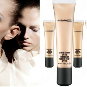 Washami Hot Selling Liquid Face Whitening Foundation Professional Cream Foundation 4 Colors pictures & photos