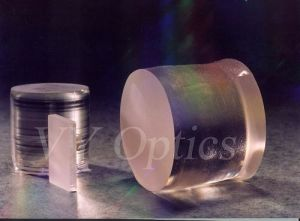 Terrific Optical Linbo3 (LN) Crystal Wafer/Flat/Slice/Powder pictures & photos