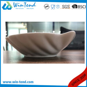 Hot Sale Commercial White Porcelain Shell Conq Plate pictures & photos