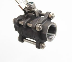 Stainless Steel 3PC Ball Valve with Locking Device pictures & photos