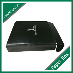 Glossy Varnished Full Black Shipping Box with White Logo pictures & photos