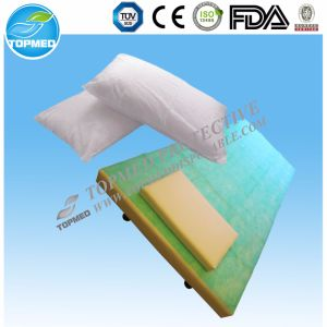 PP/PP+PE/Paper Bed Sheet Roll with Ce pictures & photos