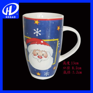 High Quality Christmas Ceramic Mugs with Santa Design pictures & photos