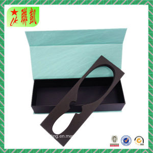 Paper Rigid Gift Box with Magnetic Lid pictures & photos