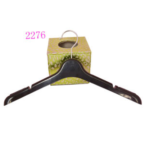 Manufature in China Hot Sale Black No Slip Female Custom Plastic Dress Hangers pictures & photos