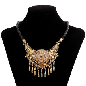 Fashion Vintage Alloy Resin Tassel Choker Necklace Jewelry pictures & photos