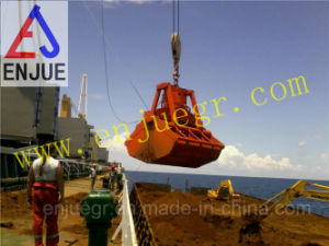 in Stock Grab Double Scoop Hydraulic Clamshell Grab with Promot Delivery pictures & photos