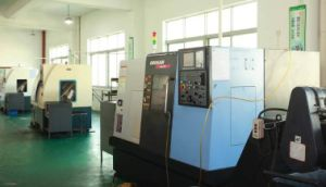 High Precision CNC Machined Shafts by Driving Shafts pictures & photos