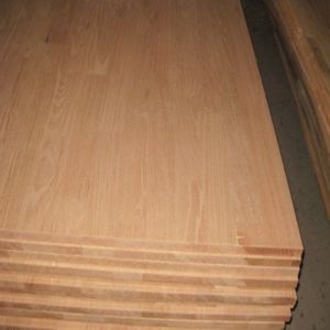 Household/Commercial Red Oak Finger Joint Board pictures & photos