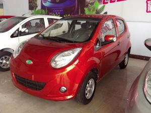 High Quality and Safe Comfortable Electric Car