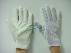 ESD PU Coated Stripped Glove (LTLD401-2) pictures & photos