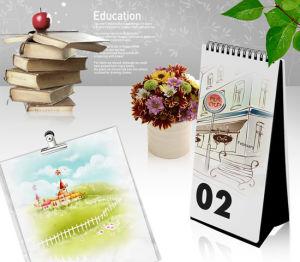 Custom Design 2018 New Year Desk Calendar Printing pictures & photos