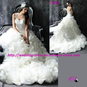 Romantic Ball Gown Wedding Dress with Sweetheart pictures & photos