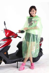Clear PE Disposable Plastic Rain Poncho for Oudoor Cycling pictures & photos