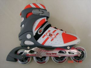 N Ew Design Professional Adjustable Inline Skates pictures & photos