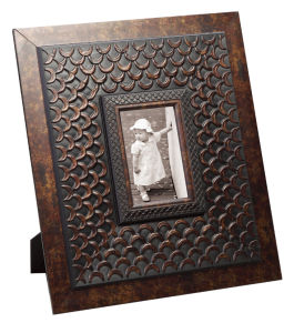 Cheap Plastic Photo Frame for Home Deco pictures & photos