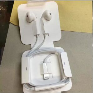 100% Original 3.5mm Earpod for iPhone7/7plus with Remote and Mic pictures & photos