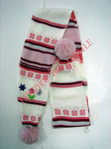 Fashional Children Cotton Warm Scarf/Knitted Scarf pictures & photos