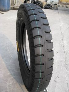 Motorcycle Tire Lug Tread Pattern 400-12; 450-12 F-550/553 pictures & photos
