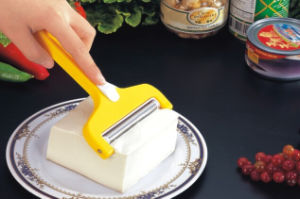 Cheese Cutter/Kitchen Tools/ Cheese Knife A0068 pictures & photos