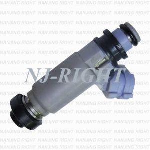 Denso Fuel Injector 195500-3980 for Nissan Toyota Mazda pictures & photos