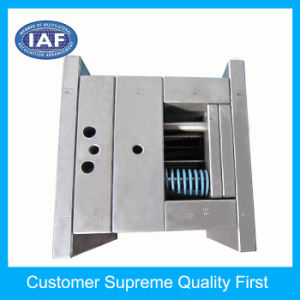 Beautiful Plastic Injection Mould Ball Pen Mould pictures & photos