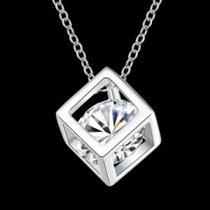 2017 Simple Cubical Zircon Pendant Necklace Silver Plated Fashion Jewelry pictures & photos