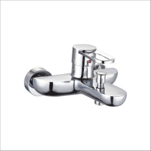 Nice Design Single Handle Wall-Mounted Bathtub Mixer&Faucet Jv73402 pictures & photos