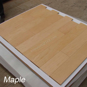 Maple/Birch Multiply Engineered Wood Flooring with Flat Handscraped Flooring pictures & photos