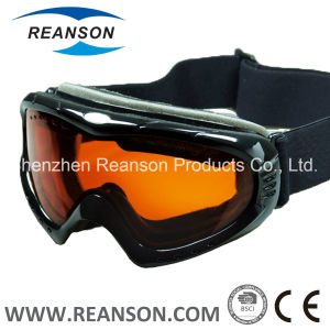 Reanson Double Lenses Anti-Fog High Quality Snow Goggles pictures & photos