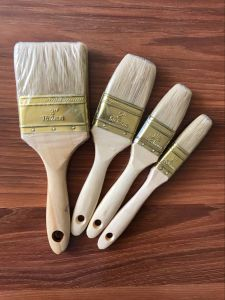 White Bristle Paint Brush with Wooden Handle Indonesia pictures & photos