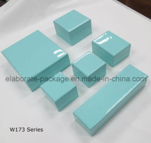 Pure Blue Exquisite Wooden Box Handmde Jewelry Storage Case pictures & photos